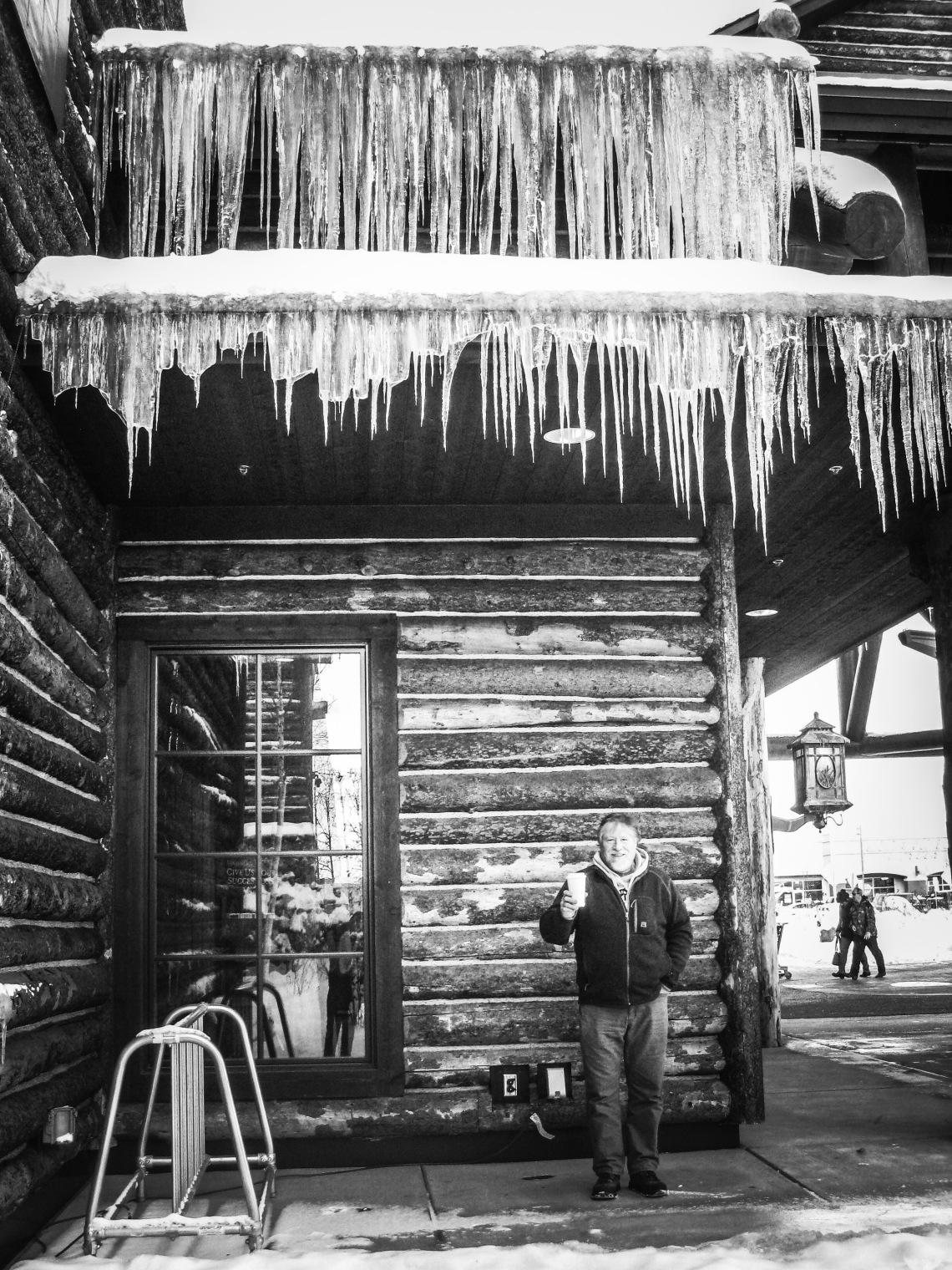 dad-with-icicles